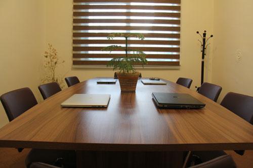 اتاق-جلسات-شتابدهنده-کاتالیزور-2
